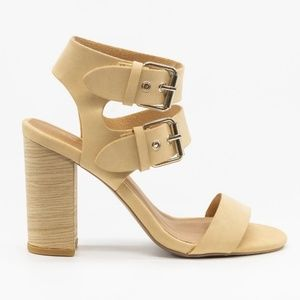 NWT Qupid Alona Strappy Sandals